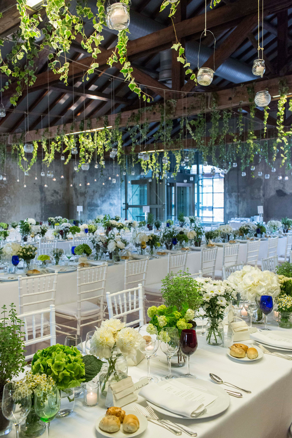 Arrangement and Outfitting for wedding receptions and events